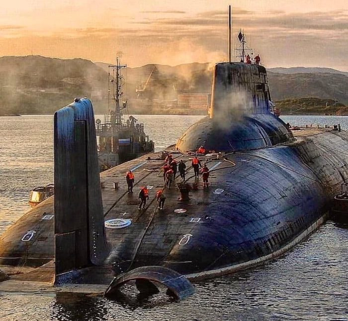 Look at the size of this Typhoon Class submarine.