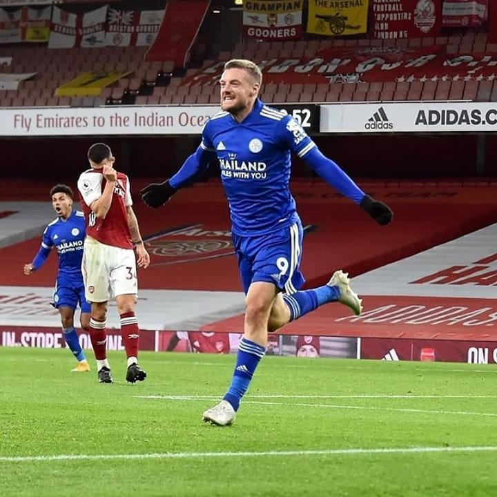 Jamie Vardy Vs big 6 in PL  ⚽⚽⚽⚽⚽⚽⚽⚽⚽⚽⚽ vs Arsenal ⚽⚽⚽⚽⚽⚽⚽⚽ vs Man city ⚽⚽⚽⚽⚽⚽⚽ vs Liverpool ⚽⚽⚽⚽⚽ vs Tottenham ⚽⚽⚽⚽ vs Manchester united ⚽⚽⚽ vs chelsea  And he is 33 y.o  What a performance 😱  #ARSLEI #vardy #arsenal #leicester https://t.co/fHECQMRucm