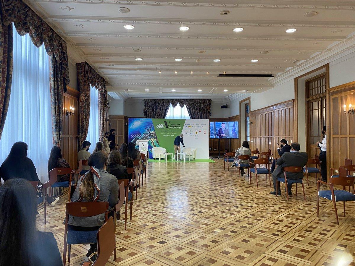 Esta semana el #PalaciodelaMagdalena acoge la 5ª edición del Global Youth Leadership Forum (@gylforum)¡Bienvenidos a #Santander!  #HacemosEventos #EventosSeguros https://t.co/zXtmPXJbYC