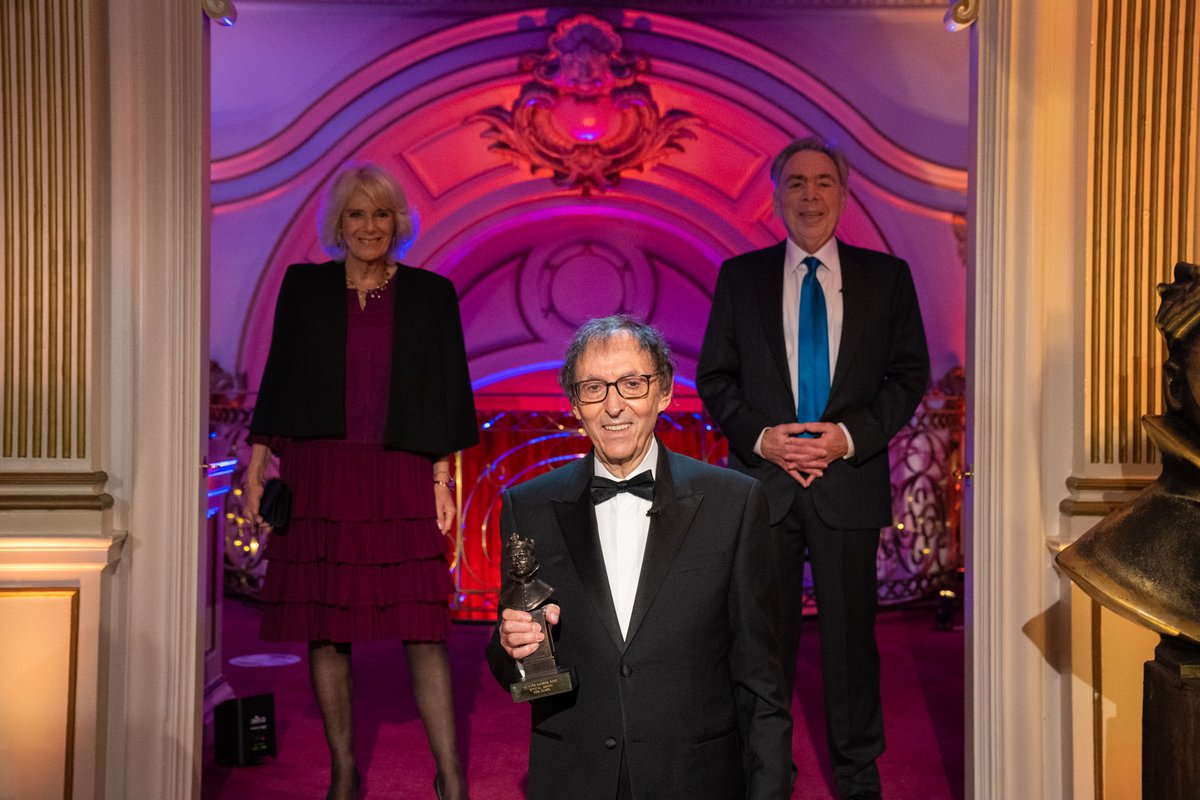 The Duchess of Cornwall has presented lyricist Don Black with the Special Olivier Award at the virtual #OlivierAwards 2020 ceremony. The show celebrates the winners and nominees as well as honouring figures who have made significant contributions to the industry. 🎭