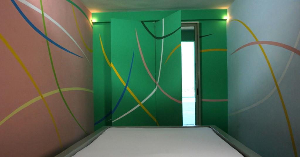 #blogsicilia Entrare nella Stanza della pittura di Pietro Dorazio e Graziano Marini, è come entrare in un quadro astratto.