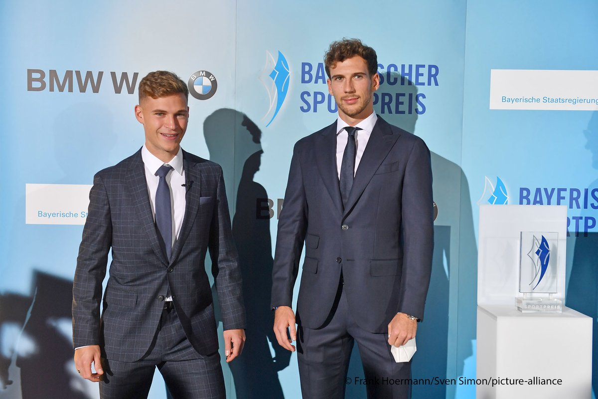 Bayern Munich and Germany teammates Joshua Kimmich and Leon Goretzka received the Bavarian Sports Prize in recognition of their @WeKickCorona fundraising campaign to help those affected by the #COVID19 pandemic.  👏 https://t.co/r45tbSmpj1