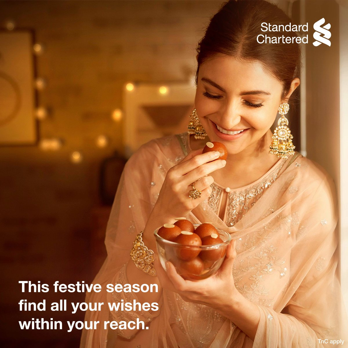 Enjoy every moment of this festive season! Get instant discounts and offers on Standard Chartered credit or debit cards. Celebrate the #FestivalOfYou.  To know more,  #FestiveSeason #StandardChartered