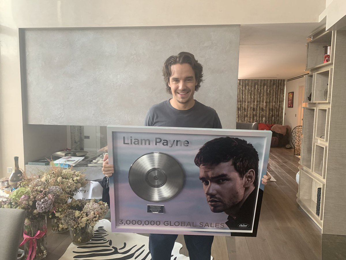 @LiamPayne's photo on Wanda