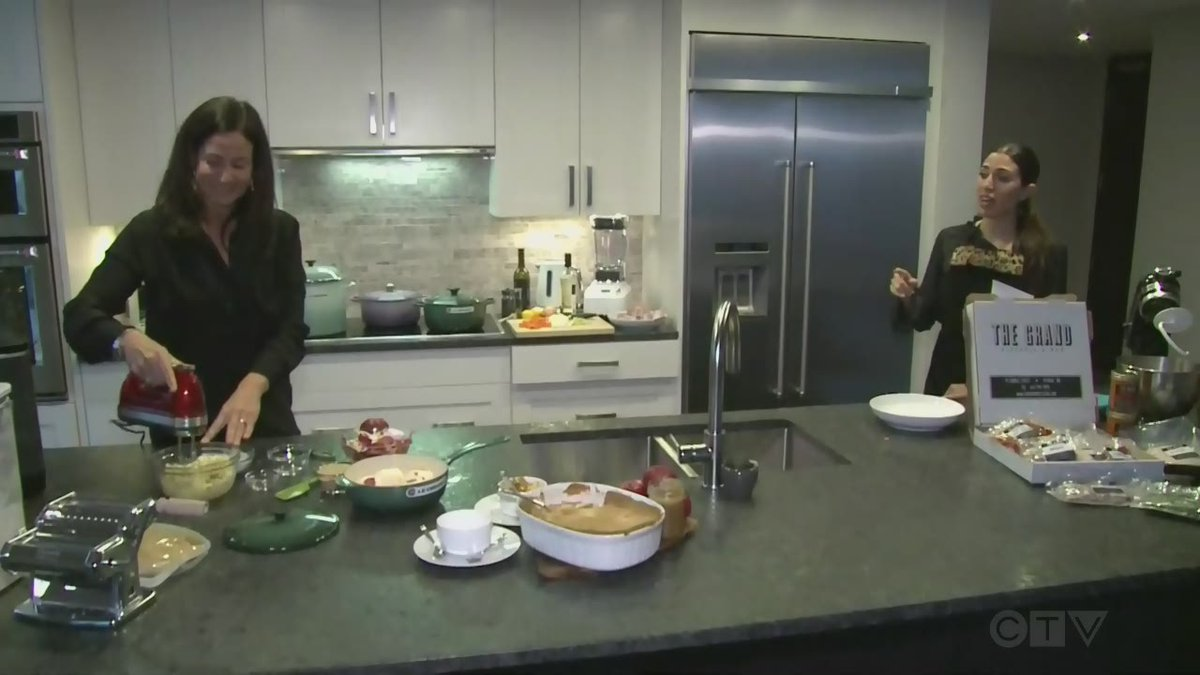 Live Eye: Channel Your Inner Home Chef! | @CTVOttMornLive's @thejasminrose is live from the heart of the city with Food Specialist Korey Kealey @Foodthought with a fantastic seasonal recipe for the fall.   https://t.co/pbZExeXsWJ https://t.co/cP3z6LjDqa