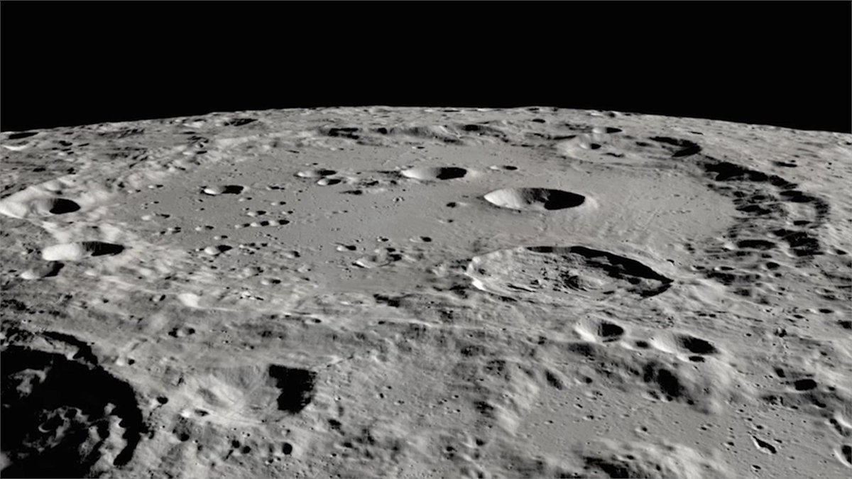 💦The amount detected is equivalent to about a 12 oz bottle trapped in a cubic meter of soil. But discovering even small amountsraises questions about howwater is created and survives on the harsh, airless lunar surface.