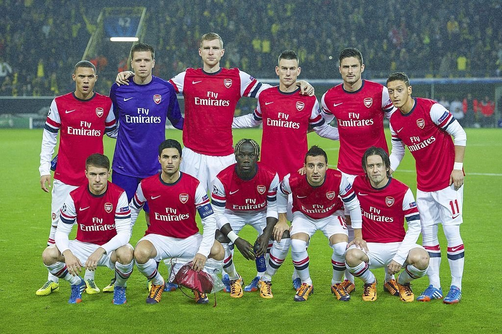 The Arsenal team that faced Borussia Dortmund in the Champions League, 2013. They won, meaning Arsenal became the first English team to beat BVB at the Westfalonstadion. https://t.co/2oKNkB0DL9