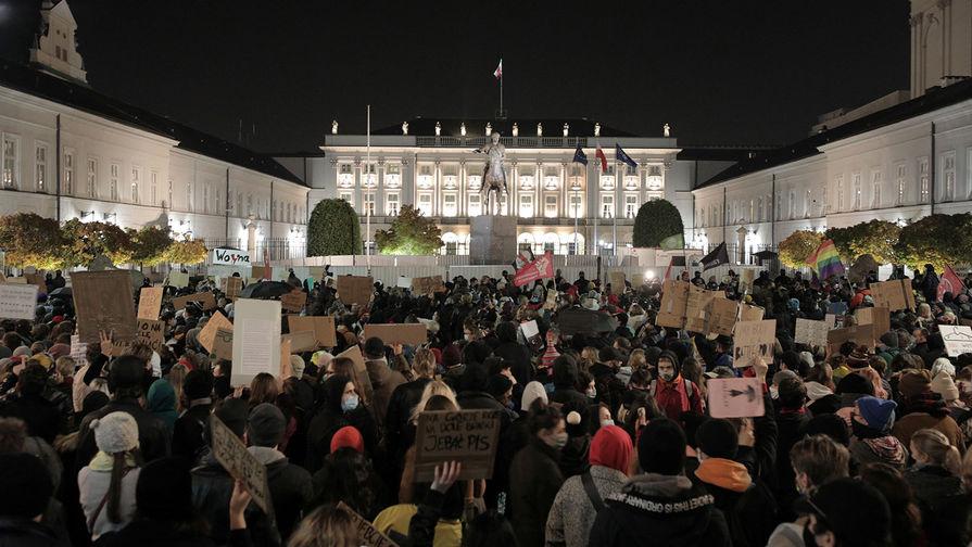 Польский протест: народ против абортов? Или всё гораздо глубже?
