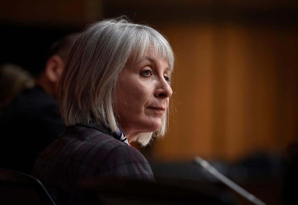 #ICYMI: Health Minister Hajdu says she went maskless at airport only while eating https://t.co/dhGqnHfasL #yyz #masks #cdnpoli #COVID19 #nationalnews https://t.co/1QAb7Fi5eF