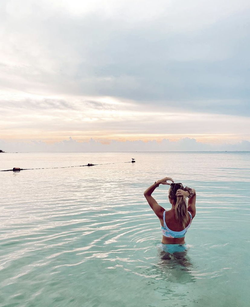 Start your day with a refreshing dip in the ocean and recharge you energy with the first rays of sun...  📷 by @beccaingle  #paradisusplayadelcarmen  #embraceyournature  #sunrise #energy #morning #monday #mondaymotivation https://t.co/8IWAOVnQvR