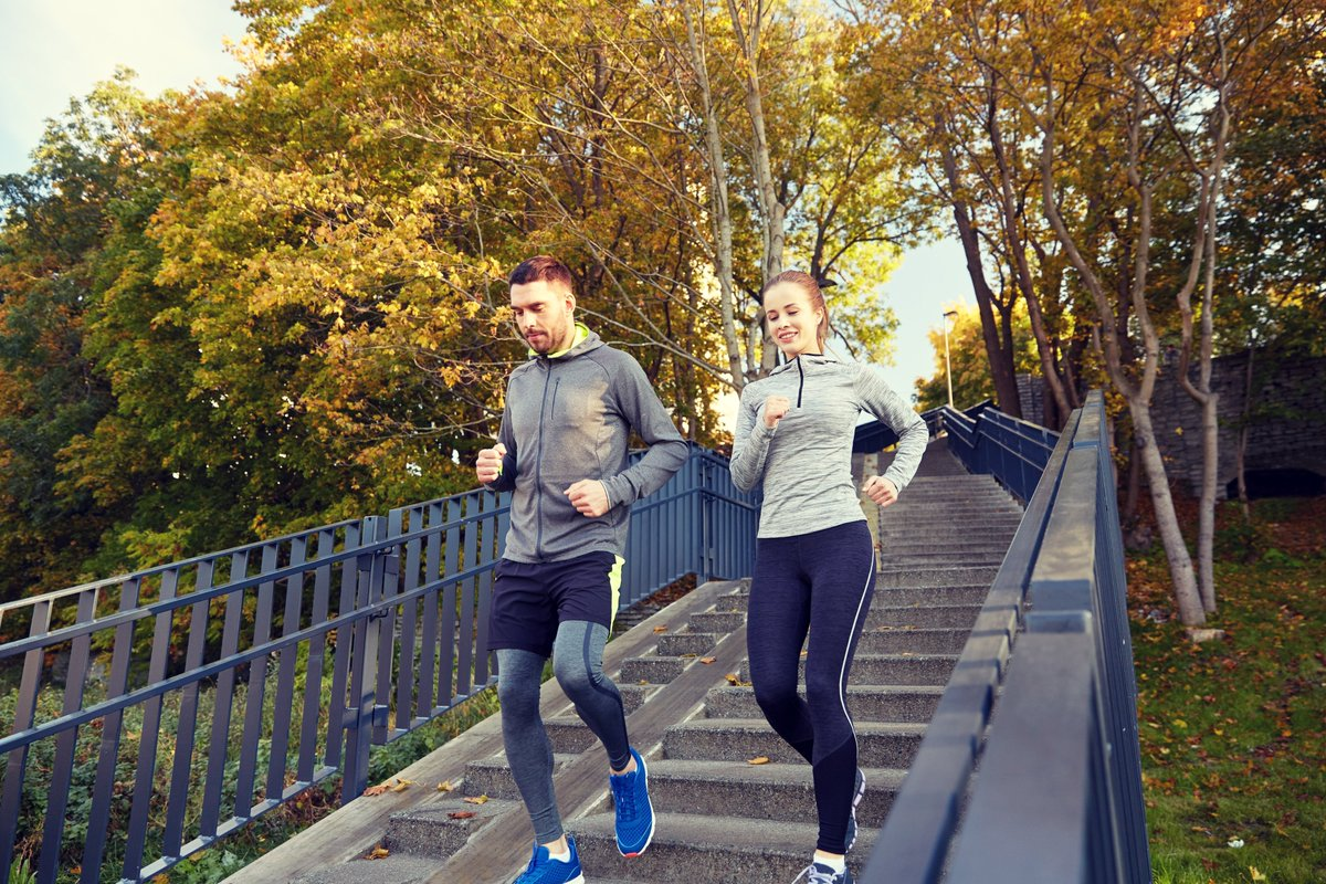 Commit to be fit #GetFitThisFall 💪🍁🍂  #exercise #exercising #FitnessMotivation #FitnessGoals #getfit #Health #healthy #HealtheTrim #Mondayishere #MondayMotivation #FallFitness #FitFall #Running #Jogging https://t.co/cNXjXMYNH2