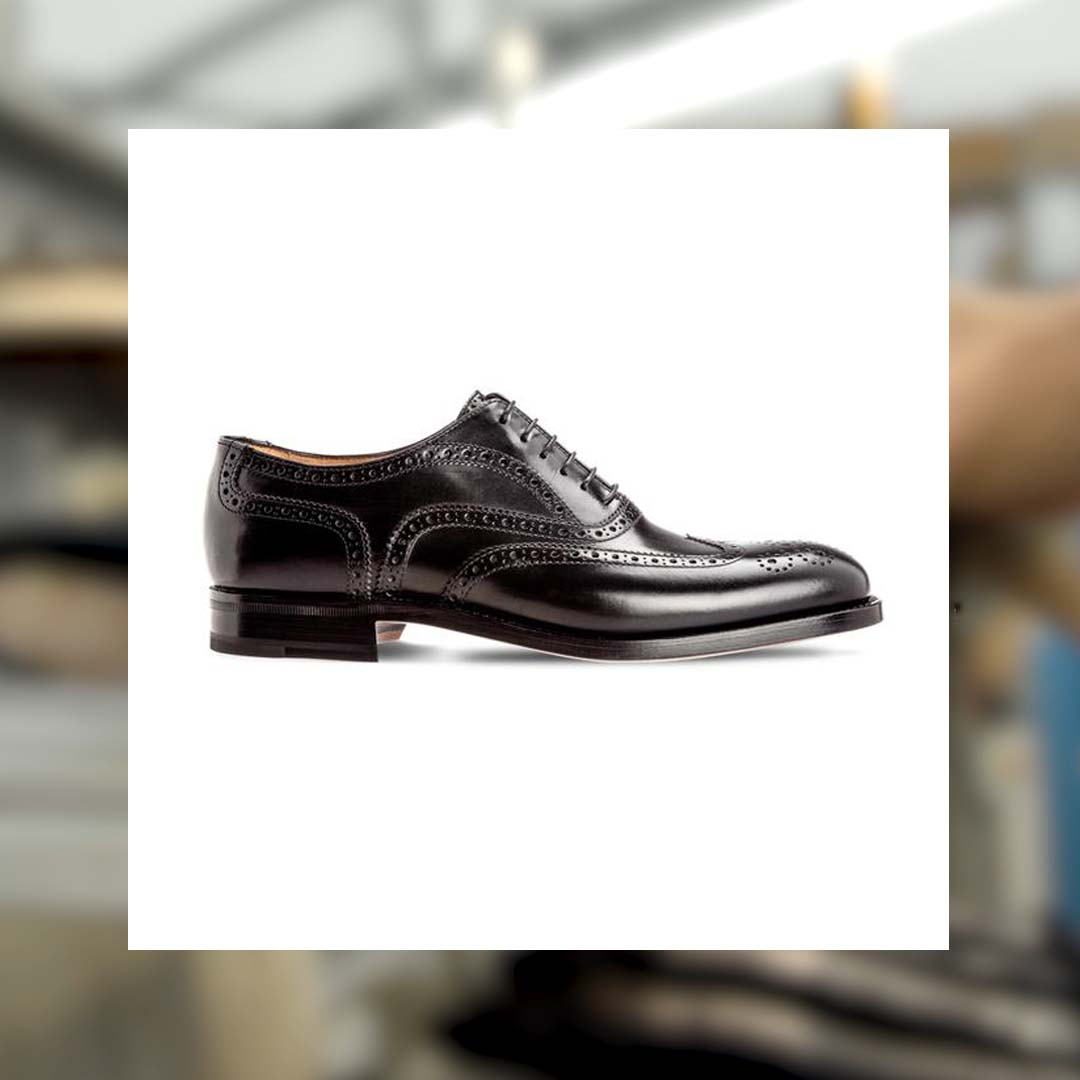 This elegant and timeless full brogue #Oxford is a perfect example of the classic Goodyear construction. #MoreschiHeritage . . . . . #MoreschiShoes #Expertise #MadeinItaly #Shoes #MoreschiBrand #Craftsmanship #Handmade #Artisan #Leather #Suede #HandDyed #Craftsmen #Black  #FW2021 https://t.co/fdLoyRjIdT
