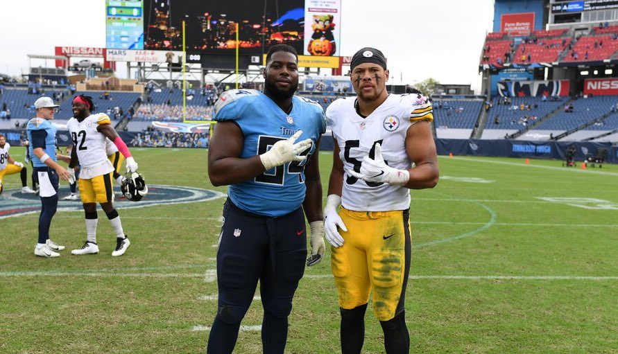 NATE AND ALEX 🤙 A classic Sunday between #HereWeGo and the #Titans. Maybe they'll see each other again down the road ... @Nate_Davis73 | @highsmith34 #PEEP • #CLTmade