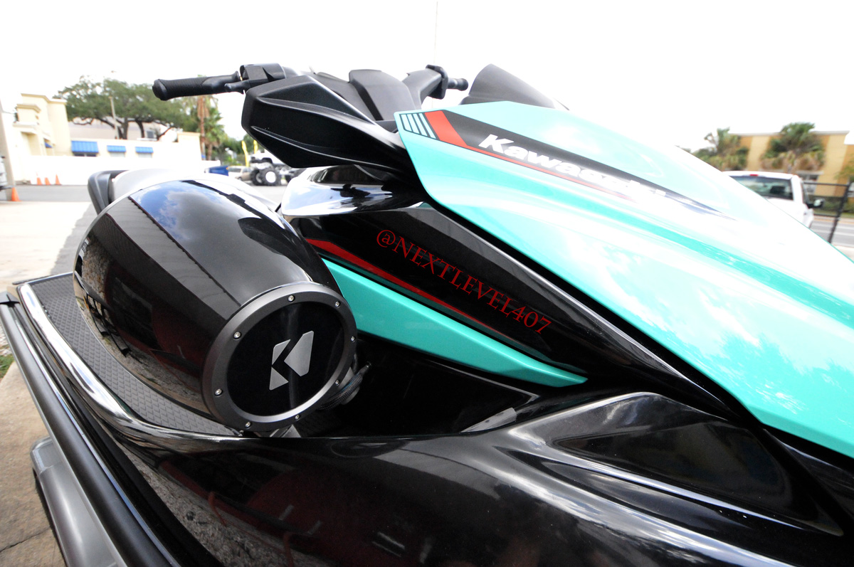 Installed a pair of @KICKERaudio outdoor speakers on a pair of @KawasakiUSA Jetski's with an amp to power the music on the water.  #floridamarinecustoms #kickeraudio #nextlevel #nextlevel407 #kawasaki #jetski #lakeconwaychainoflakes #orlandoflorida https://t.co/zcTBfAhHNR