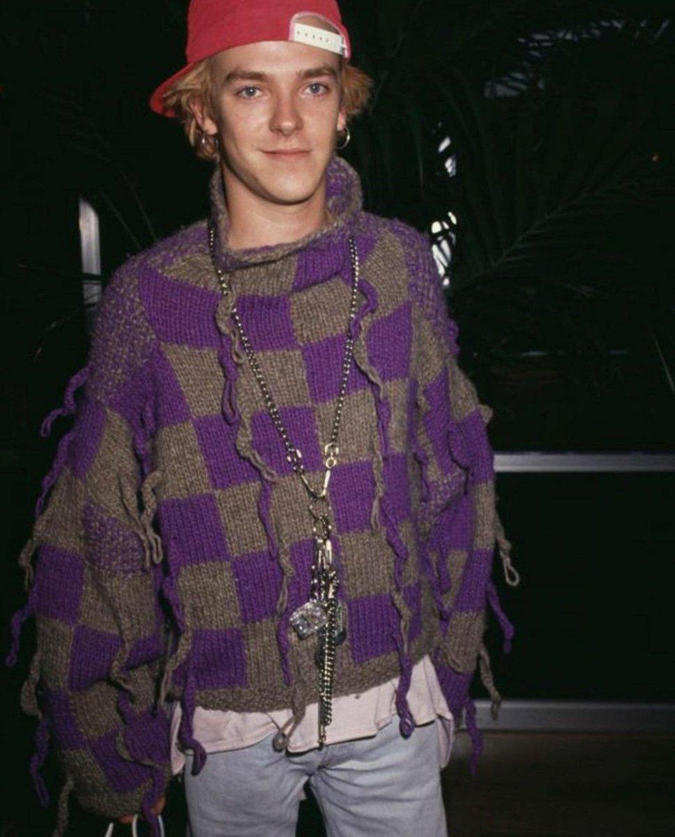 Memories of the Future Monday: Adamski wears #richardtorry jumper and #judyblame jewellery  -ADAMSKI HQ . . . #adamski #fashion #accessories #judysjewels #90sfashion #90saesthetic #raver #iconic #acidhouse #youthculture #aesthetic #dancemusic #rave #acid #nrg #killer https://t.co/5A1AYIrCsh