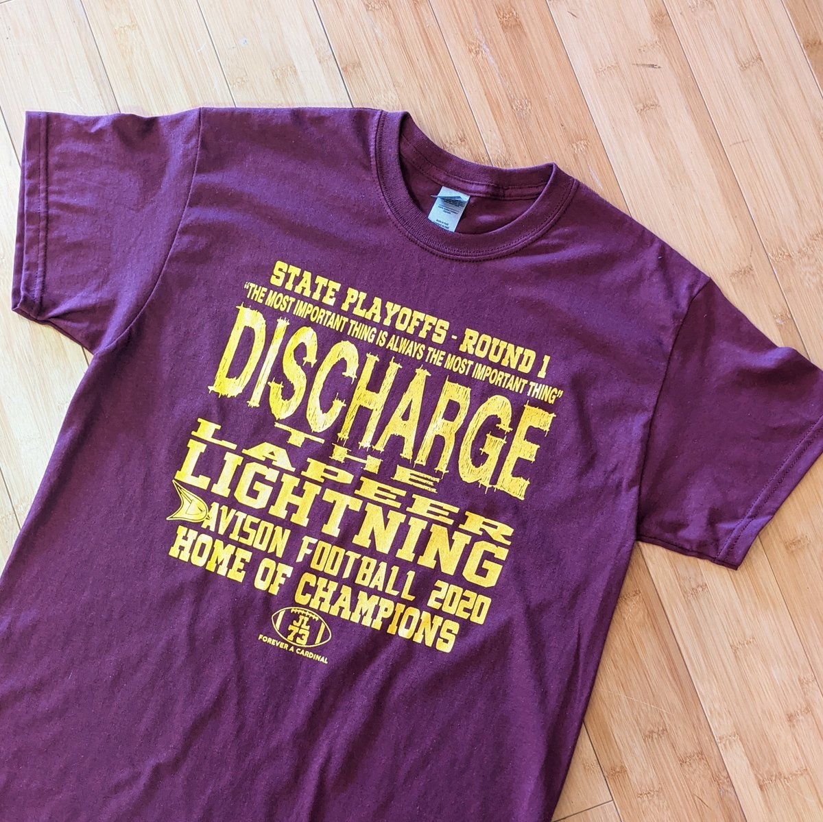 DISCHARGE THE LAPEER LIGHTNING! Round 1 - State Playoff DirtShirts are available now! New shirts every week.. collect 'em all.. just $5 each.. Stop by and grab yours today! . . . #DavisonMade #GoCards #CardinalNation #DirtShirt #Football #screenprinting #tshirt #inspiration #art https://t.co/9Vpq7YcuWm
