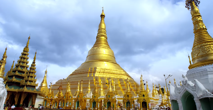 Since you can't go on vacation  Enjoy going to a beautiful place:- Myanmar(Burma)  #accucompstrategy- Reset. Transform. Success. #Accu_Comp #Myanmar #Burma #temple #beautiful #beauty #TRAVEL #travelphotography #NaturePhotography #CITY #Mondayvibes   https://t.co/fgeHH3jtGu https://t.co/JpvlFByxu3