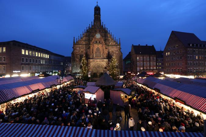 Wegen #Corona: #Christkindlesmarkt in #Nürnberg abgesagt https://t.co/uNidjJxoqg https://t.co/RQj6peJd06