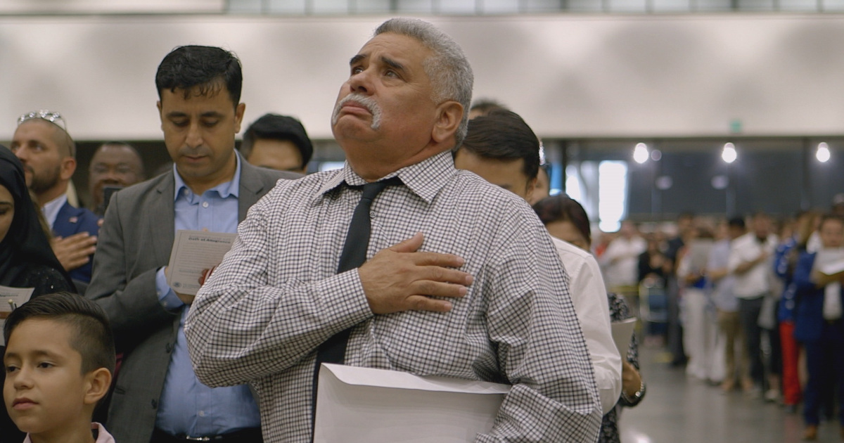 Five lawyers support each other as they navigate the fast-changing, hostile world of immigration law in the US.  ▶️ Watch Status Pending: On the front lines of immigration law in the US 👉 https://t.co/KlYFCZzVKE [via @AJWitness] https://t.co/VtppVPfkqt