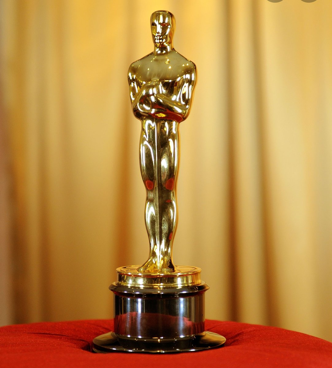 The Oscars have to be the most prestigious award in the world of show business. But did you know; the biggest winner of all time is Walt Disney with 22 wins from 59 nominations. #visitlondonvirtually #zoomtoursoflondon #disney https://t.co/Ab0KUeQSx9