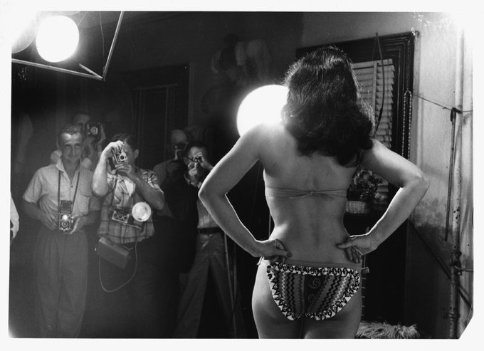 Back to work, Bettie babes and beaus! Happy Monday! 💋💋💋 https://t.co/JjbbTqDPYB