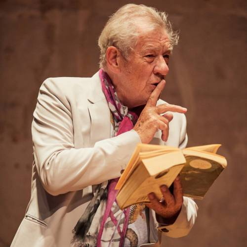 Acting For Others announced as a beneficiary charity from Sir Ian Mckellen's Birthday Tour - #ActingForOthers @ActingForOthers #ianmckellen @ianmckellen https://t.co/UBH13VRLOR https://t.co/SMkm1DPNJw