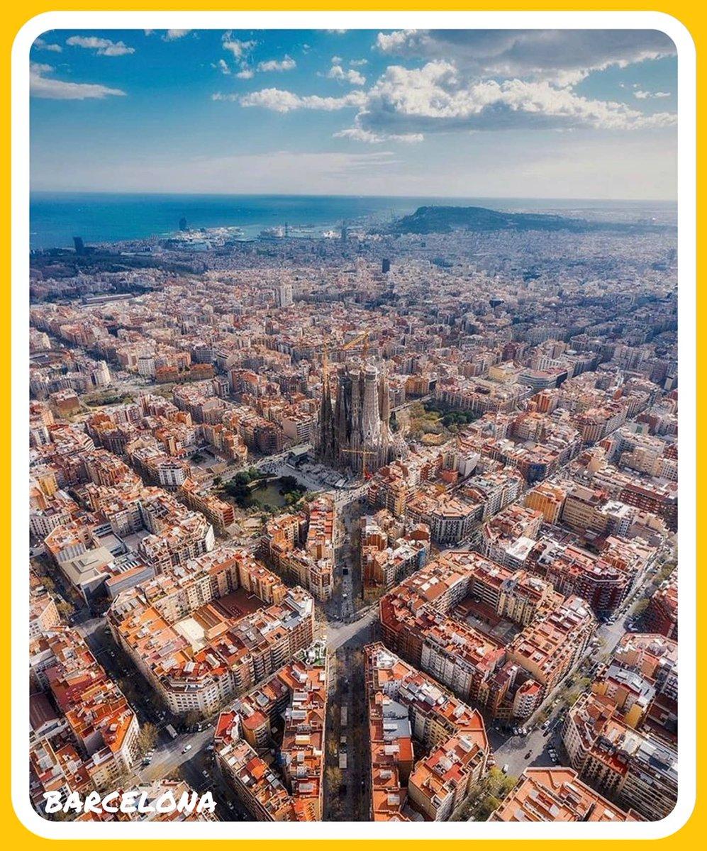 Barcelona, Spain 🇪🇸.  Perfect shot 👌 😍  #barcelona #spain #traveling #traveltuesday #letsgoeverywhere #tourism #adventure #airport #travelpics #tourismchat #tl_chat #ttot #wanderlust #paradise #resort #travelgram #TravelAddict #TravelLife #wonderfulplaces #travel https://t.co/0O5pTnlbbA