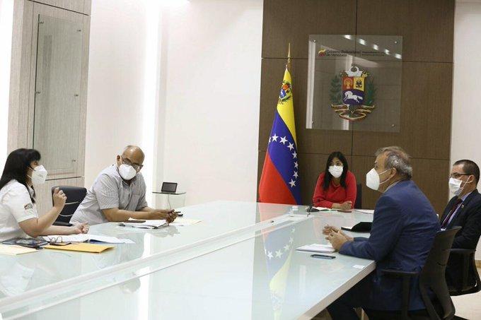 Venezuela crisis economica - Página 25 ElS6tJEWoAMpGKa?format=jpg&name=small