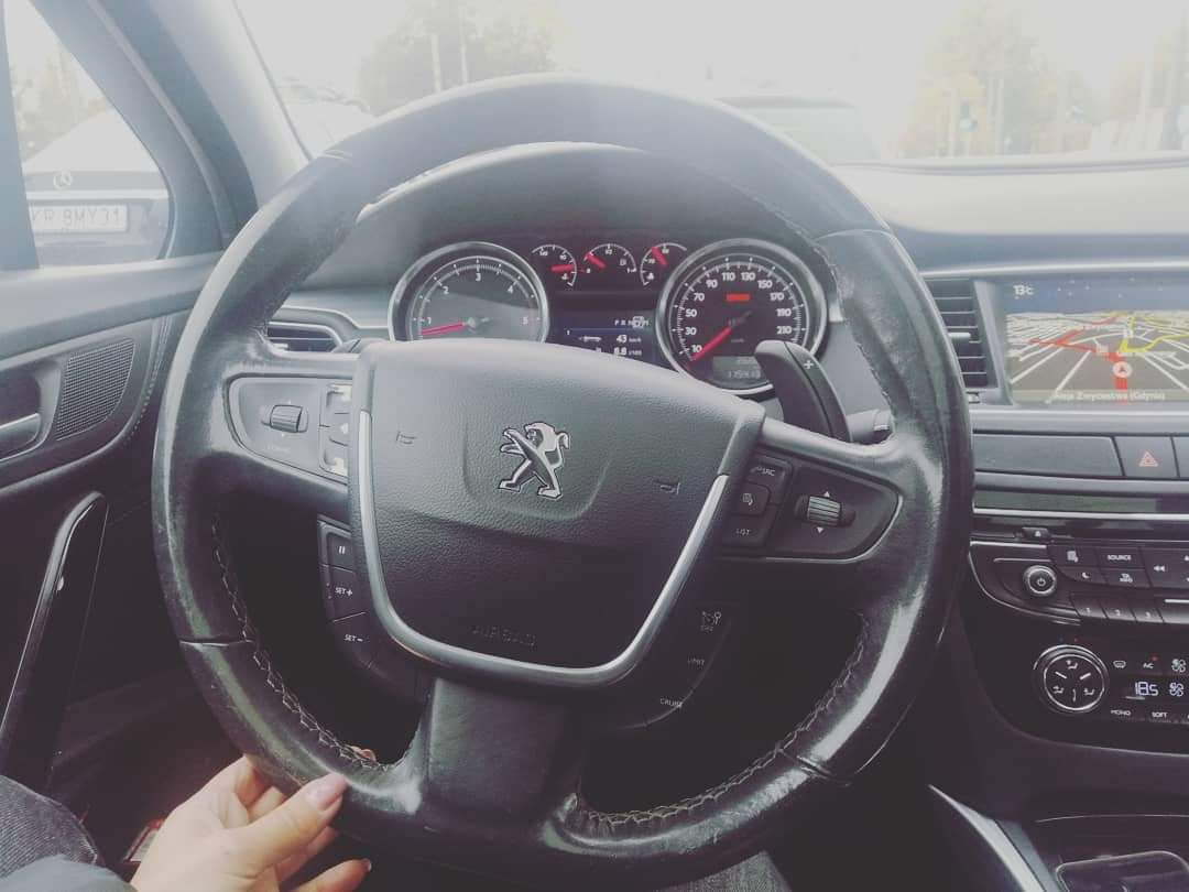 It can't be easy... Service 🤦♀️🤦♀️🤦♀️  #peugeot508 #service #peugeot https://t.co/muEbzOPC0s https://t.co/5nQtFvQZqb