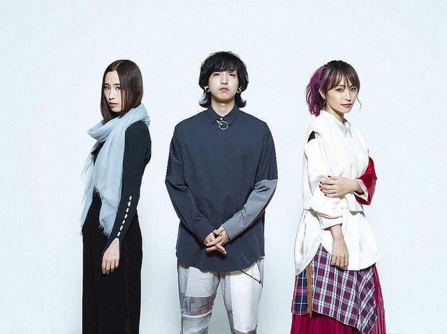 【豪華】LiSA×Uru×Ayase、コラボ曲が誕生YOASOBIのAyaseが作詞、作曲、編曲した「再会」を、UruとLiSAが歌った。27日からウェブCMに使用され、全編は今後、YouTubeチャンネル「THE FIRST TAKE」で公開される。