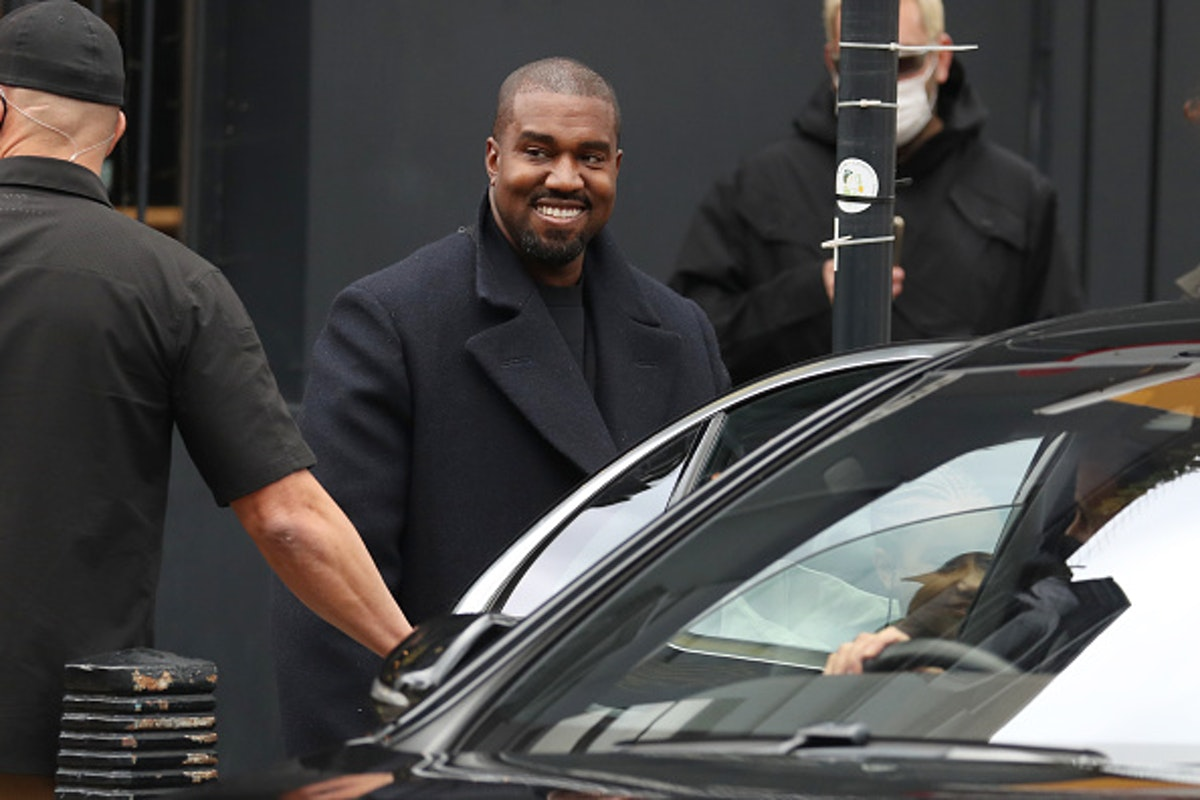 Kanye West To Joe Rogan: Abortion Meant To 'Kill The Black Race,' 'Create Population Control' https://t.co/9B0USaIK6z https://t.co/jmJFVpZbfE