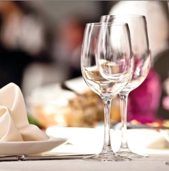 High-end 🍷 #stemware for your top notch #event👌 #SimpleElegantAffordable  #glassware #catering #foodandwine #barlife #crystal #wineglasses #glasses https://t.co/I7c3ILlDWL
