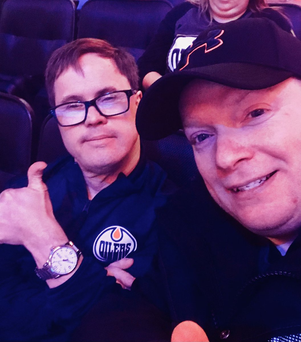 Oh dear.  I'm done with 2020.  I'm so sorry @EdmontonOilers.  Joey was a wonderful soul.  Honored to have shared a game with him.  Condolences to Joey's friends, family and #LetsGoOilers fans.   #yeg #nhl https://t.co/ThOyNv9RzG https://t.co/IxZrc3maaU