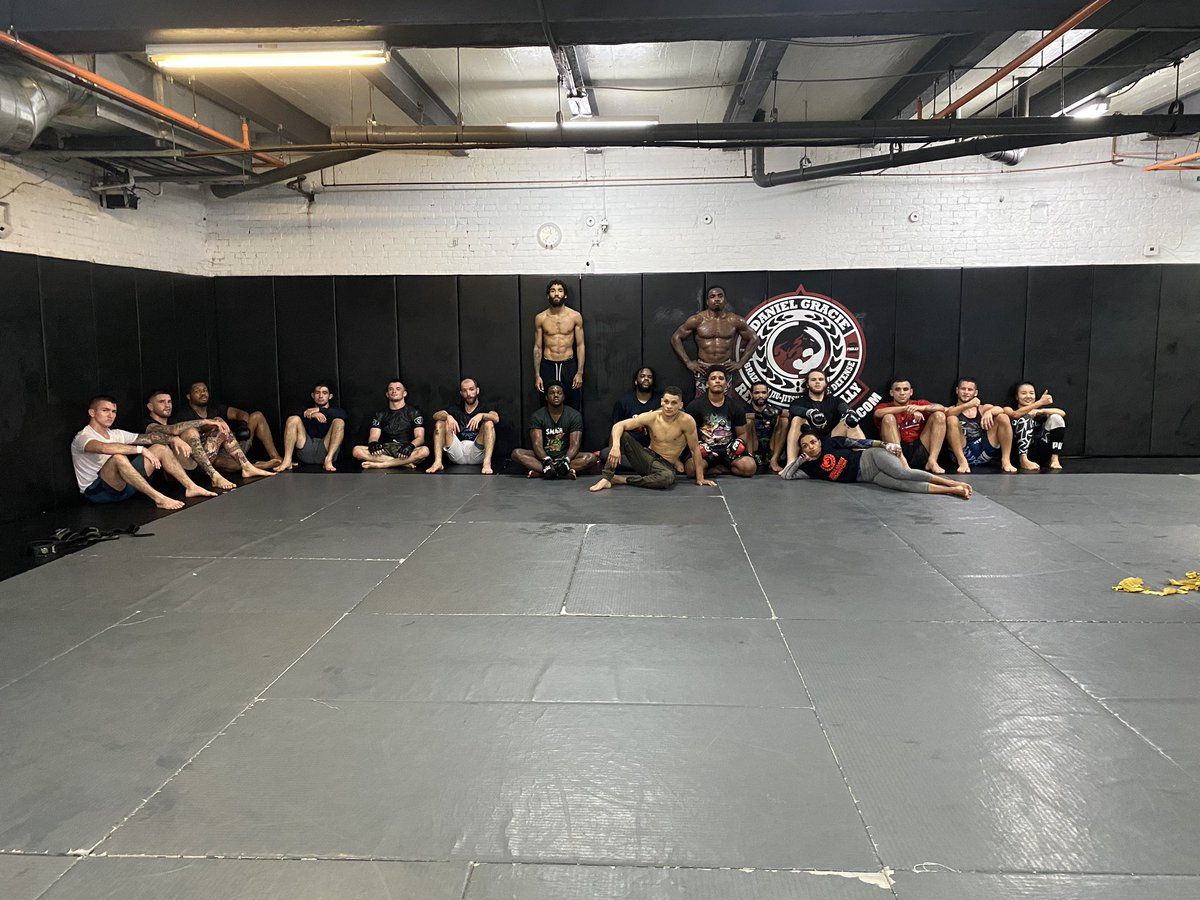 MMA, yes we have!!! @RGAPhillyBJJ is the place!  #renzograciephilly #danielgracieteam #mma #philly #philadelphia #phillymma #phillyfighters #philadelphiamma #philadelphiafighters #muaythai #wrestling #kickboxing #boxing #renzogracieteam #hardworkpaysoff https://t.co/v7sr5kHaaR