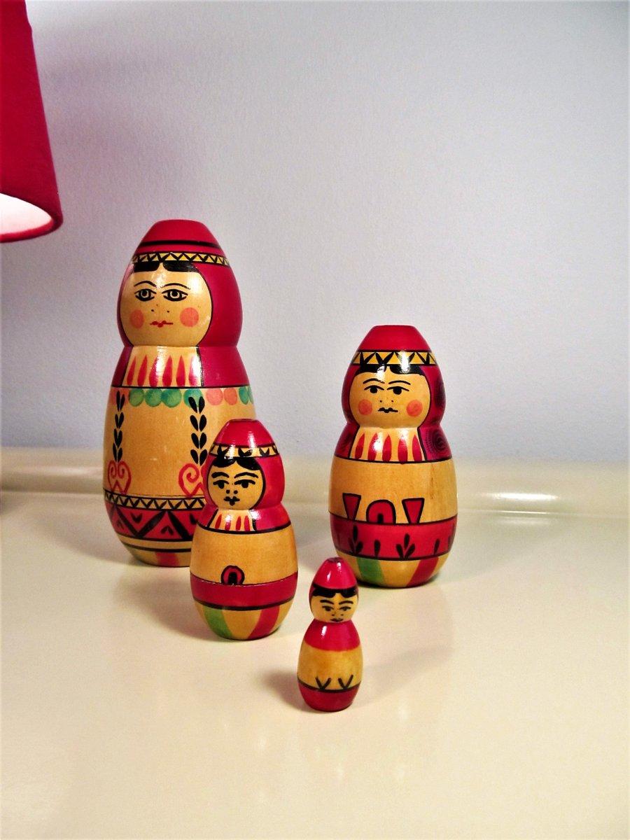 Vintage Russian Matryoshka Dolls Matryoshka Nesting Dolls Stacking Dolls Handmade Wooden Matryoshka Dolls Set 4 Dolls https://t.co/bRS9DnXO56 #Mask #BlackFriday #Wedding #Vintage #FREESHIPPING #Retro #GIFT #Vintage Fashion #covid-19 #Babooshka https://t.co/aiRXPfIE8S