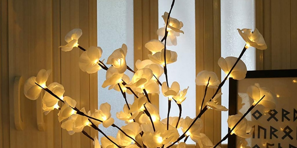 Check out this Sparkling Floral Orchid Lights 📢 link https://t.co/ZkjdMPmF9L 19.95$USD #lifestyle #homeshow #classic #livinghome #interiorinspiration #thehappynow #myhousebeautifull https://t.co/r5lEmTH2av