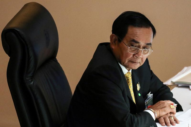 Thai PM Prayuth Chan-ocha faces opposition pressure to stop using his supposed need to protect the monarchy as an excuse to maintain his autocratic, military-backed rule. https://t.co/liaM7XU7Gw https://t.co/f3k9yDTz8s