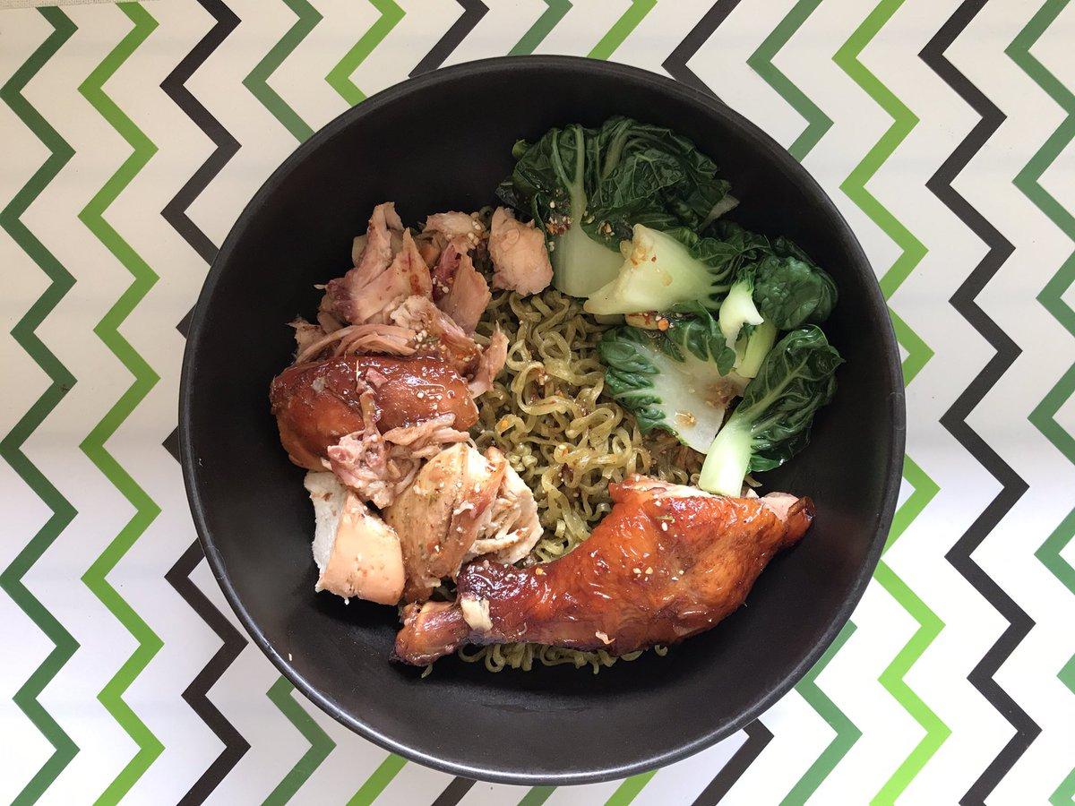 Image result for บะหมี่ผักแห้ง ขนมจีบอกไก่