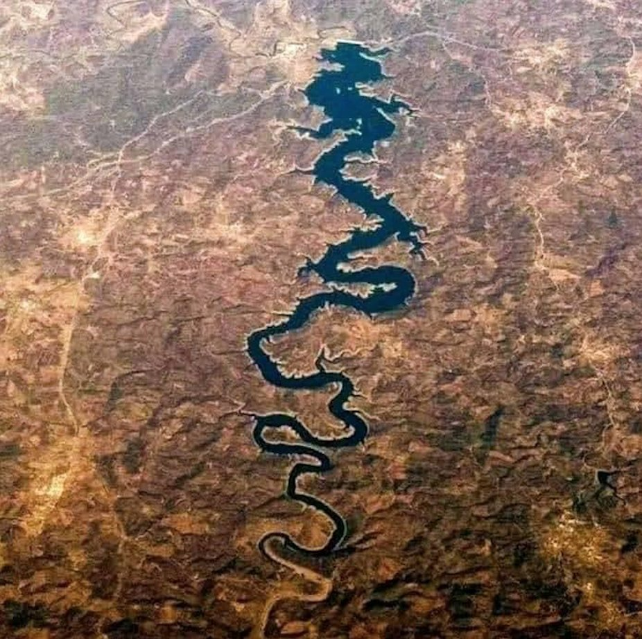 """The """"Blue Dragon"""" river in #Portugal: could not take my eyes off after seeing one of #God's most spectacular creation #travelphotography #ThrowbackTuesday @visitportugal @antoniocostapm @selecaoportugal @IndiainPortugal @antonioguterres @brunoaleixo @lucasberti @rtppt https://t.co/DO3trJ3tbB"""