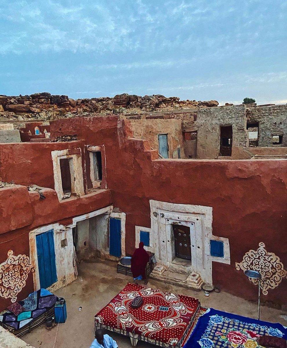 The ancient city of OUALÂTA 🇲🇷  📸 : @missaissa  #Mauritania #56daysofafrica #africamatters #africa #travelafrica #travelnoire #photooftheday  #travelphotography #travelblogger #VisitMauritania #ShareYourMauritania https://t.co/85UtBLmGIC
