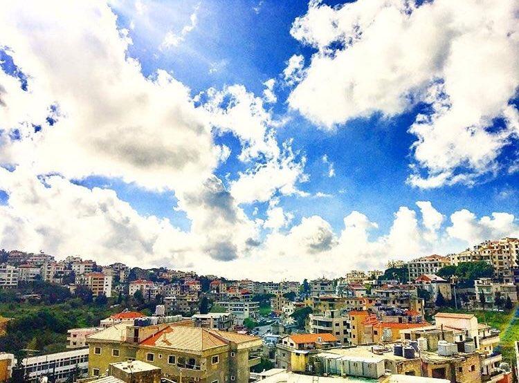 Aley, Mount Lebanon. ✨ 📷: Hanan Ammouri https://t.co/Nuzf3azxdv