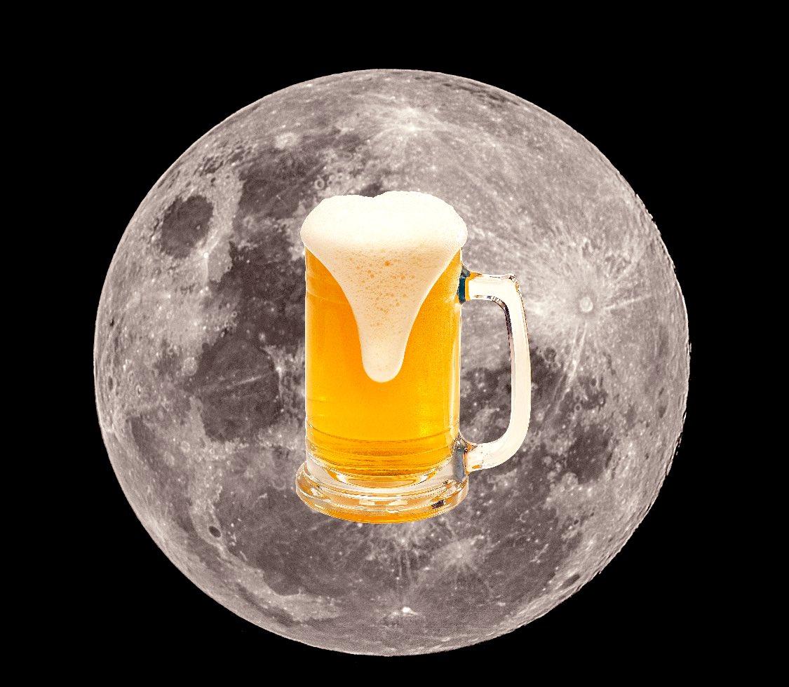 Si en la #luna han encontrado #agua seguro que también tienen #cerveza https://t.co/gSUSp1OCmY