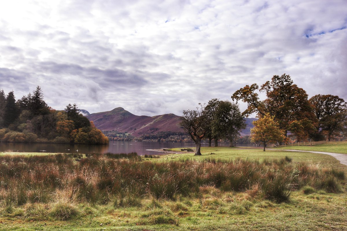 Todays Photo of the Day is the picturesque Keswick in the Lake District taken by Tracey Laing#BBCCountryfileMagPOTD