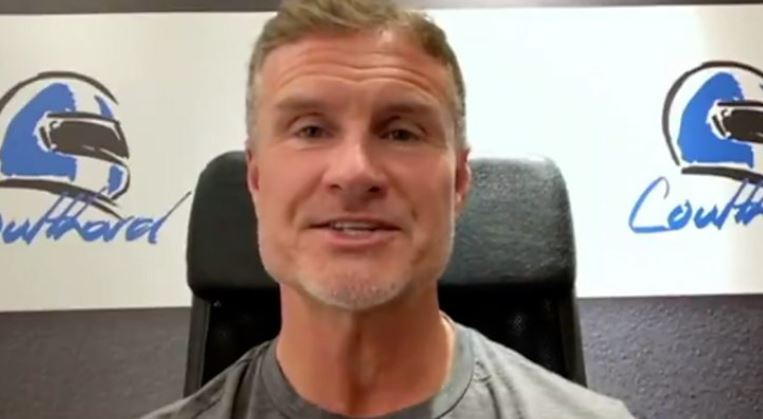 Former Formula 1 driver David Coulthard says Lewis Hamilton should be knighted after he surpassed Michael Schumacher's all-time Formula 1 win record.  Full story 👉 https://t.co/TLErs8JkvG #F1 #bbcf1 https://t.co/awysUznb9c