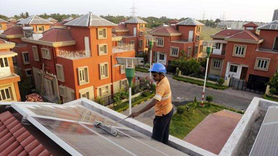 Less than 0.5% households in Maharashtra have solar home system: Report  (reports @tanushreevenkat)  https://t.co/iT0E34K1Cj https://t.co/yKegruAfj4