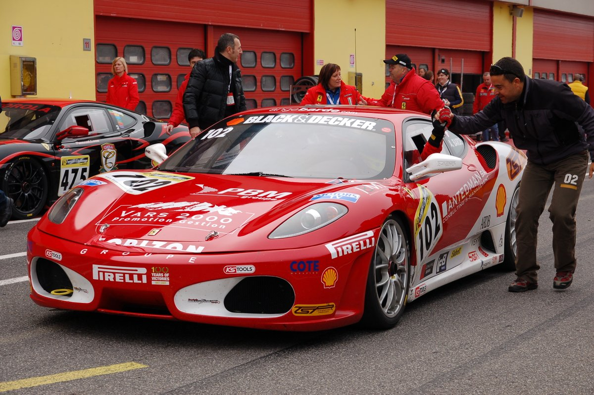 #PhotoOfTheDay - 27/10/2020 - @AngeBARDE 's #Ferrari #F430 Challenge at Finali Mondiali 2008 @MugelloCircuit 🇮🇹 📷: @FerrariFM   #V8Engine #car #sportscar #FerrariF430 #Nikon  #FerrariChallenge #Racing #Mugello https://t.co/3rBGhwqG9z