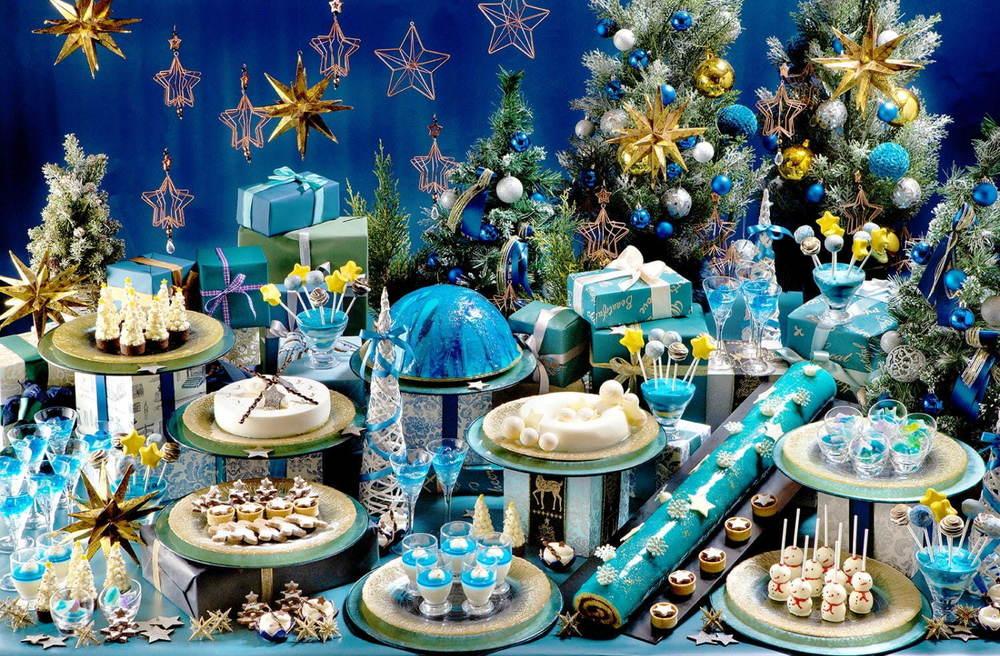 """""""煌めく星空""""イメージのクリスマススイーツビュッフェ、ヒルトン福岡シーホークで - 雪だるまケーキも -"""