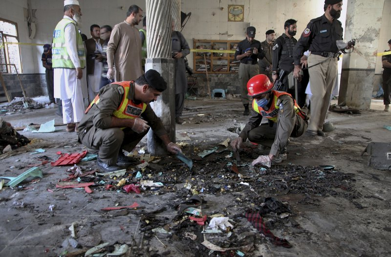 #UPDATE At least seven people were killed and 112 others including children were injured when a blast went off inside a seminary in Peshwar, capital city of #Pakistan's northwestern Khyber Pakhtunkhwa province, on Tuesday, local media reported. https://t.co/SB4UmjXRiA https://t.co/Fnv0okUlhd