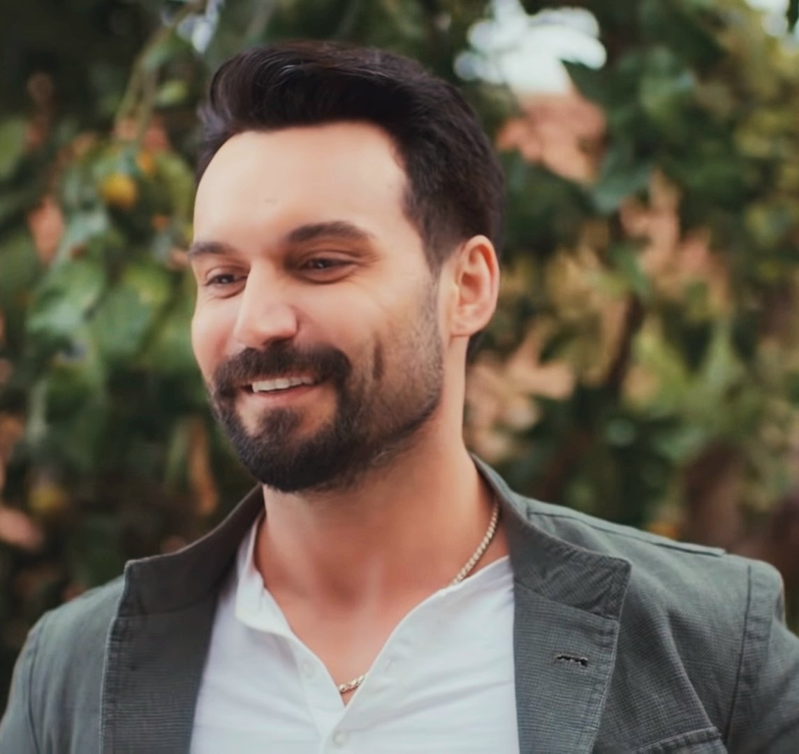 Love 😍  #AliErsanDuru || #Handsome #SenÇalKapımı #EfeAkman https://t.co/rxnzMUvXjj