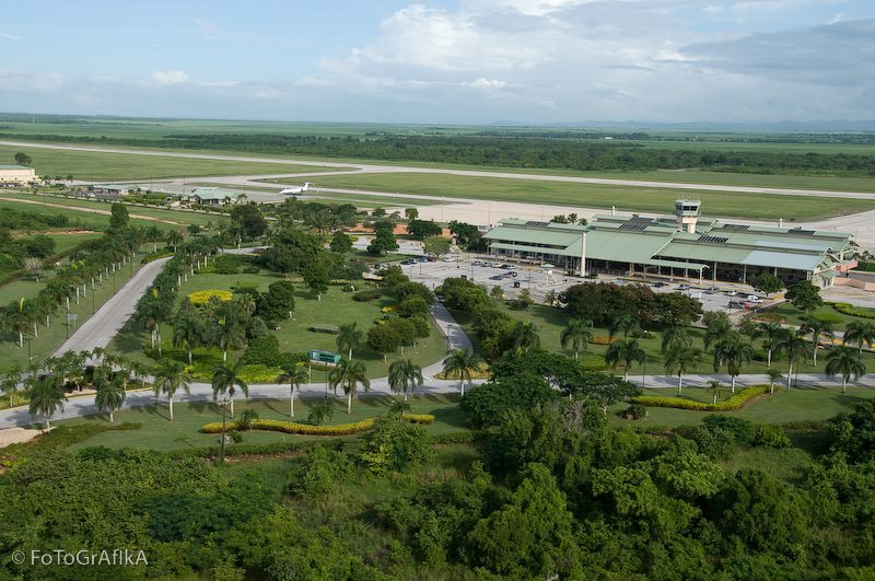 #LaRomanaAirport is strategically located allowing easy access to the main tourist destination of the #DominicanRepublic, offering the best and most exclusive, complete and personalized service!!! #airport #aviation #flight #caribbean #vacation #travel #hotel #GoDomRep #besafe https://t.co/szuKAzocQ3